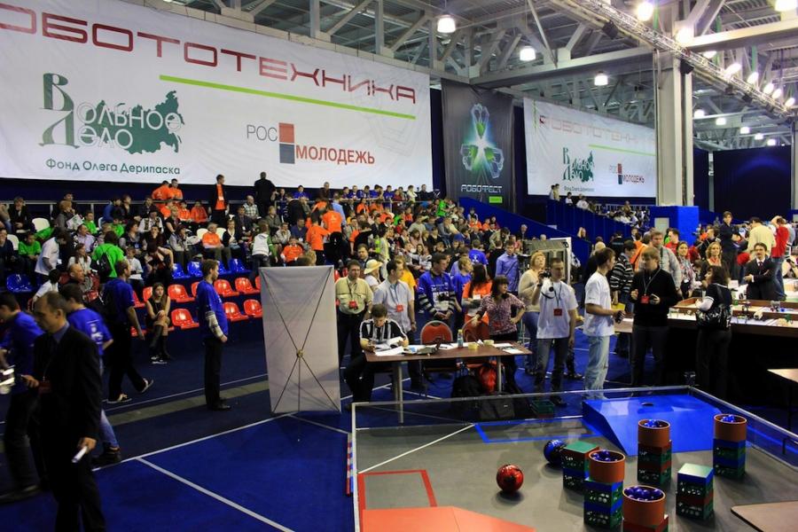 С 5 по 7 апреля в Москве прошел IV фестиваль робототехники РобоФест-2