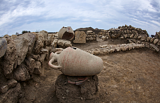 Surviving tomb from late antiquity found at Phanagoria